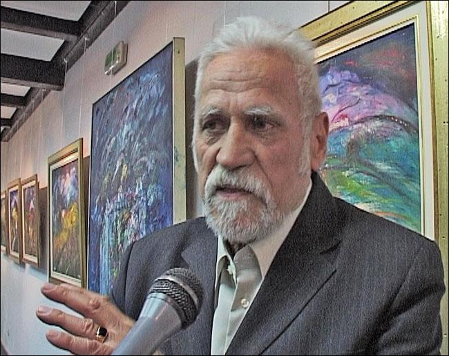 Milivoje Novaković Kanjoš daje izjavu za televiziju.